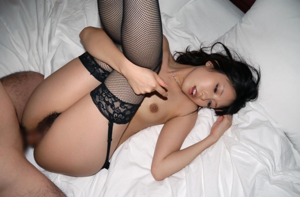 有村千佳 オナニー好きの淫乱セックス画像