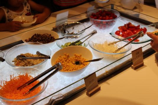 完熟農園レストラン ビュッフェ サラダ