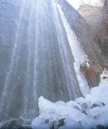 砂防堤・滝