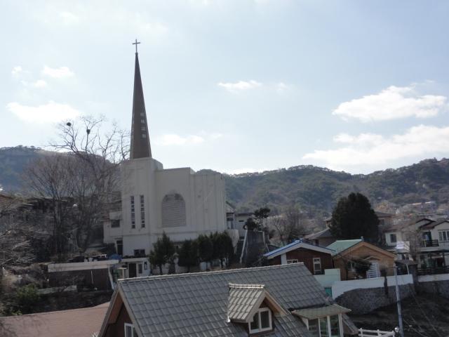 2013年4月7日 詩人の丘からの風景―教会