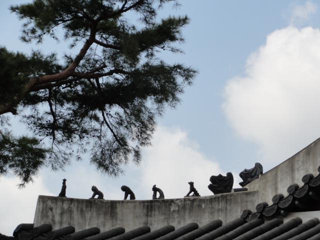 20134月11日 昌徳宮の雑像