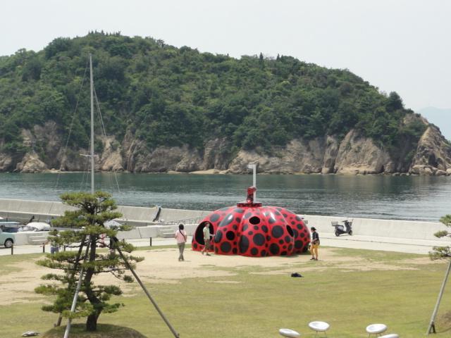 2014年7月2日 直島の赤かぼちゃ