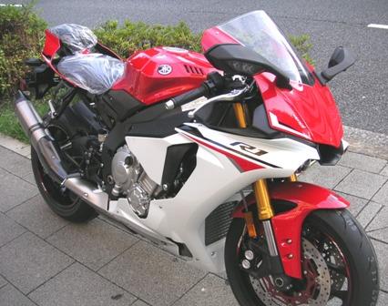 2015モデル YZF-R1