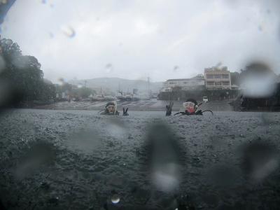 718 からの雨