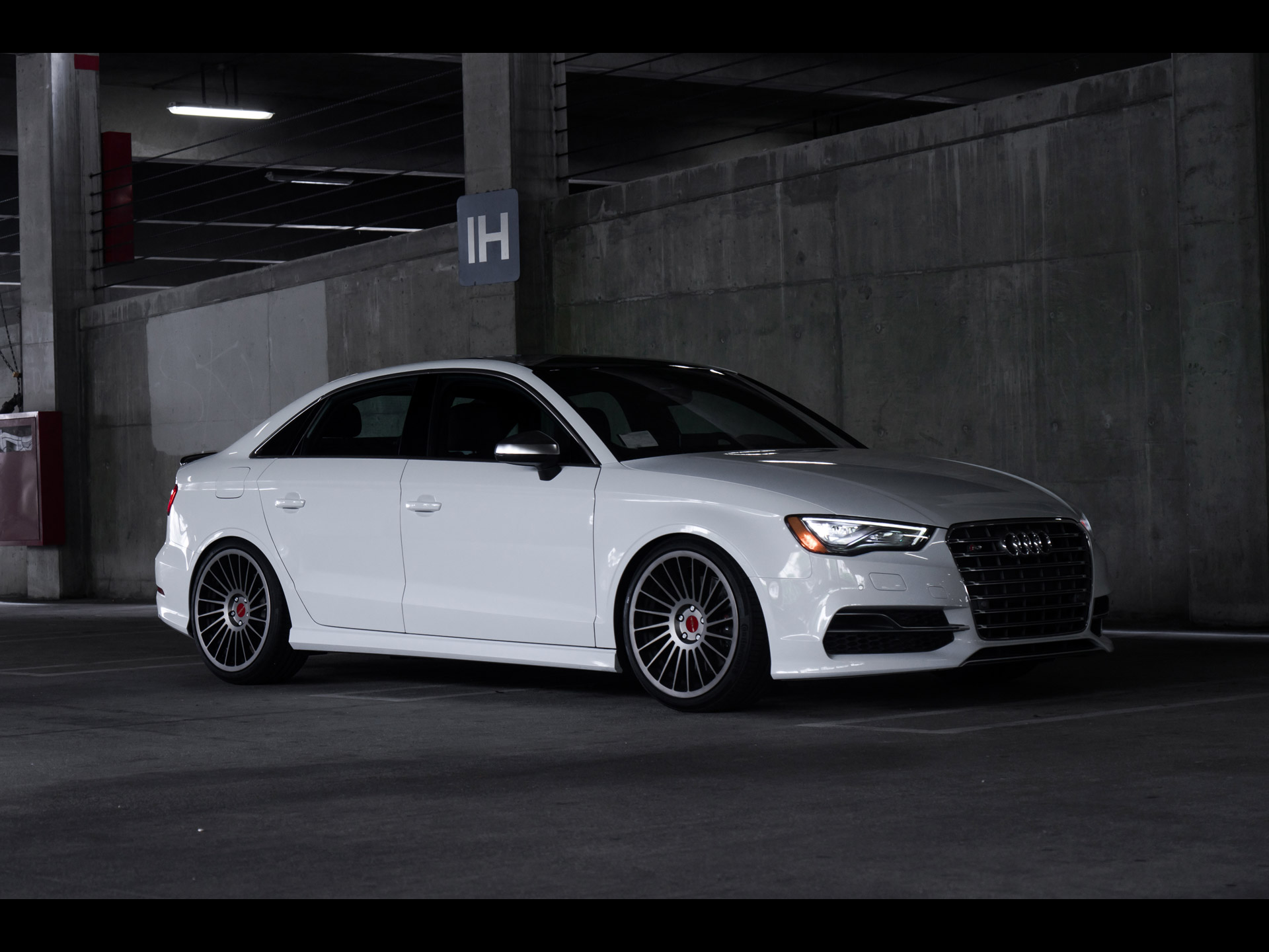 rotiform audi s3 sedan 2015. Black Bedroom Furniture Sets. Home Design Ideas