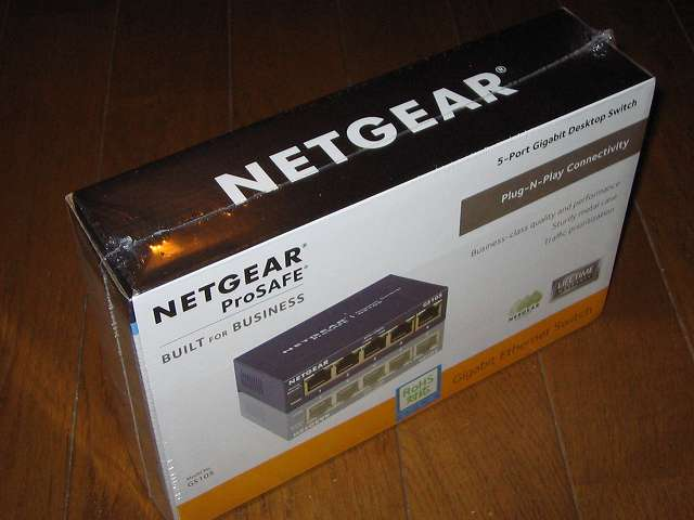 NETGEAR GS105-500JPS(GS105v5) パッケージ開封前