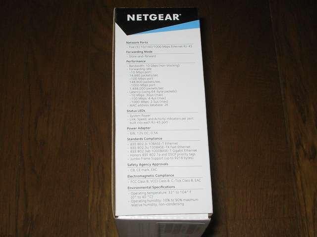 NETGEAR GS105-500JPS(GS105v5) パッケージ開封前側面 製品仕様(英語)