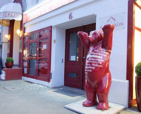 wittenbergplz近くの熊