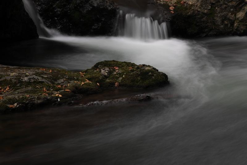 018A7000 滝