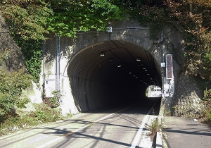 比与宇隧道01