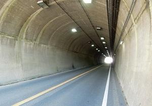 比与宇隧道02