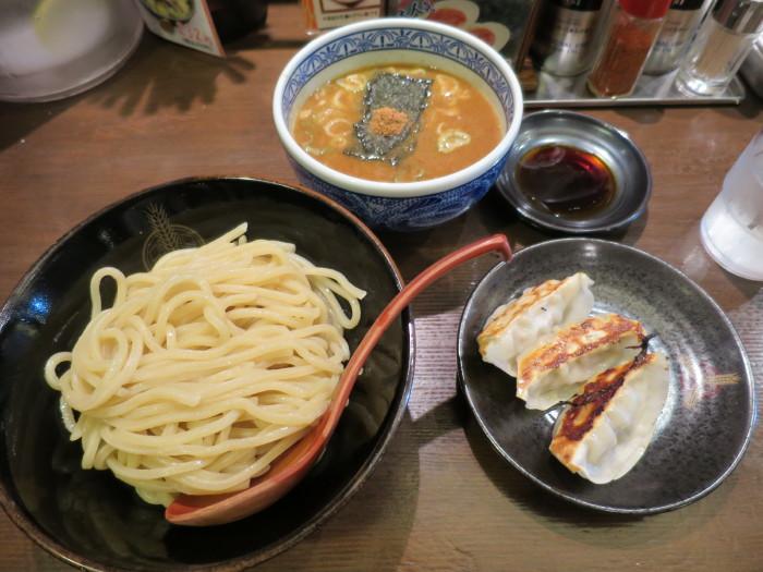 三田製麺所 太麺 つけ麺 餃子