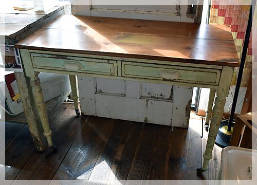 イギリス・アンティーク・テーブル