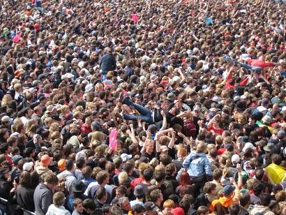 rockamring_crowd_968605_o.jpg