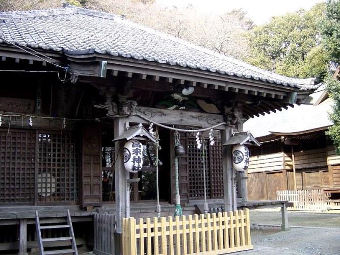 高来神社社殿