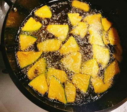 味吉陽一特製パイナップルカレー3