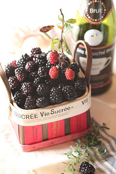 raspberry-cake5.jpg