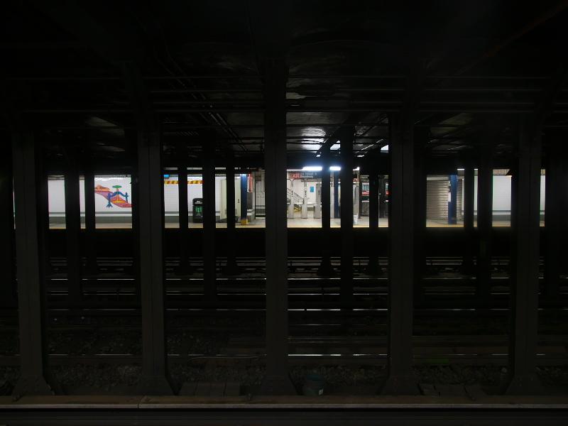 18051072.jpg