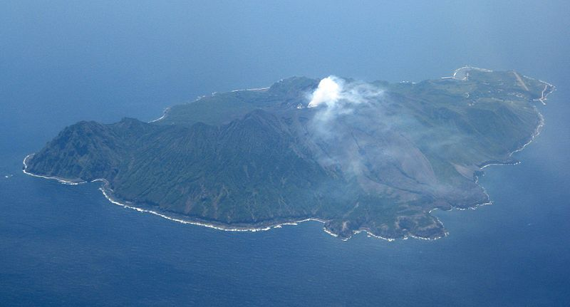 鹿児島・諏訪之瀬島の御岳で爆発的な噴火…昨年の9月以来