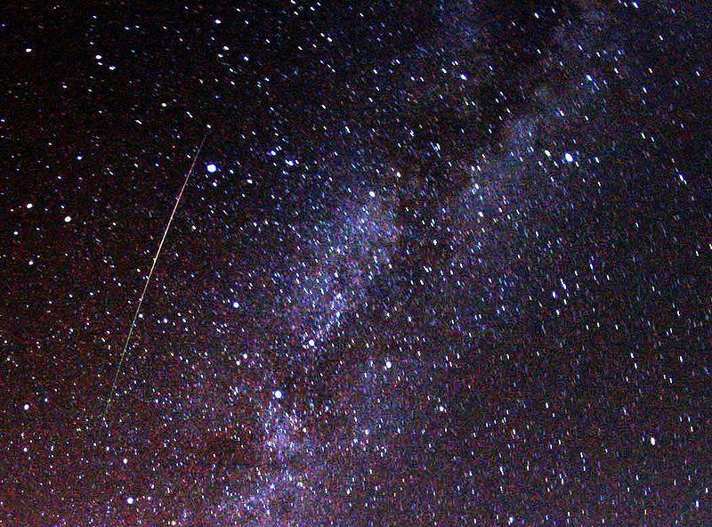 ペルセウス座流星群が今夜8月12日からピークに…14日未明まで見られるぞ!