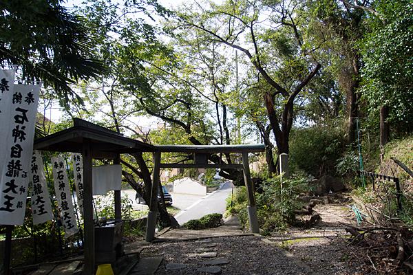 大高町石神白竜大王社境内の風景