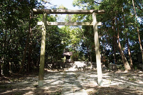 城山八幡社鳥居