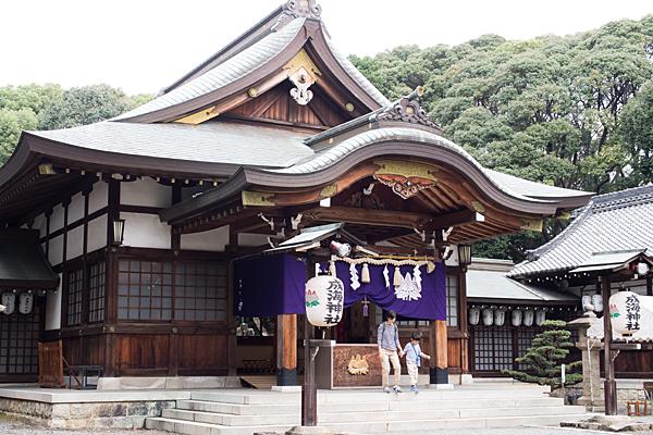 成海神社例大祭拝殿前