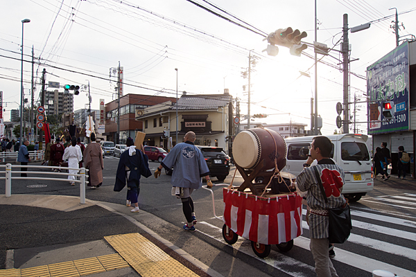 成海神社例大祭御旅所へ行列