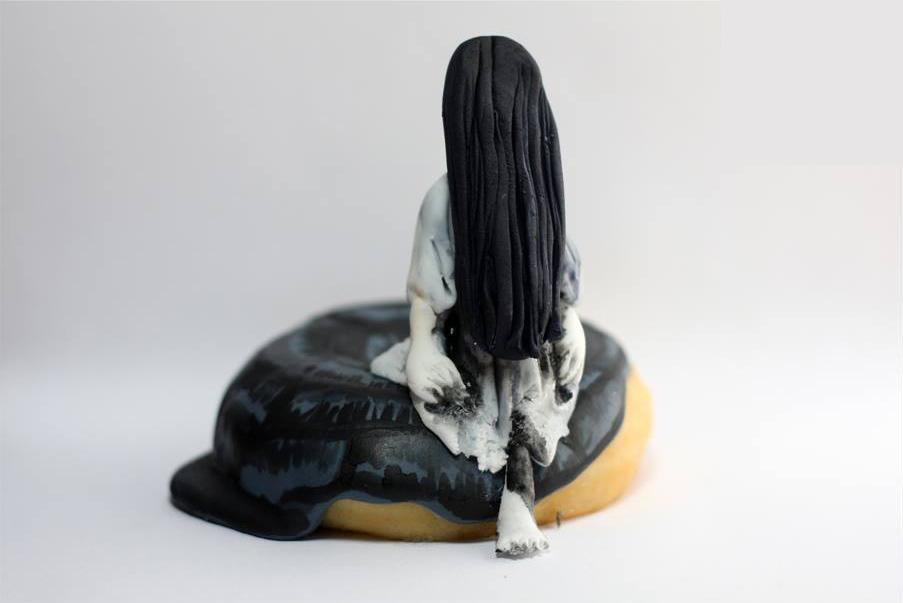 貞子ドーナッツ