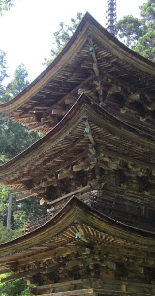 新海三社神社三重塔 垂木