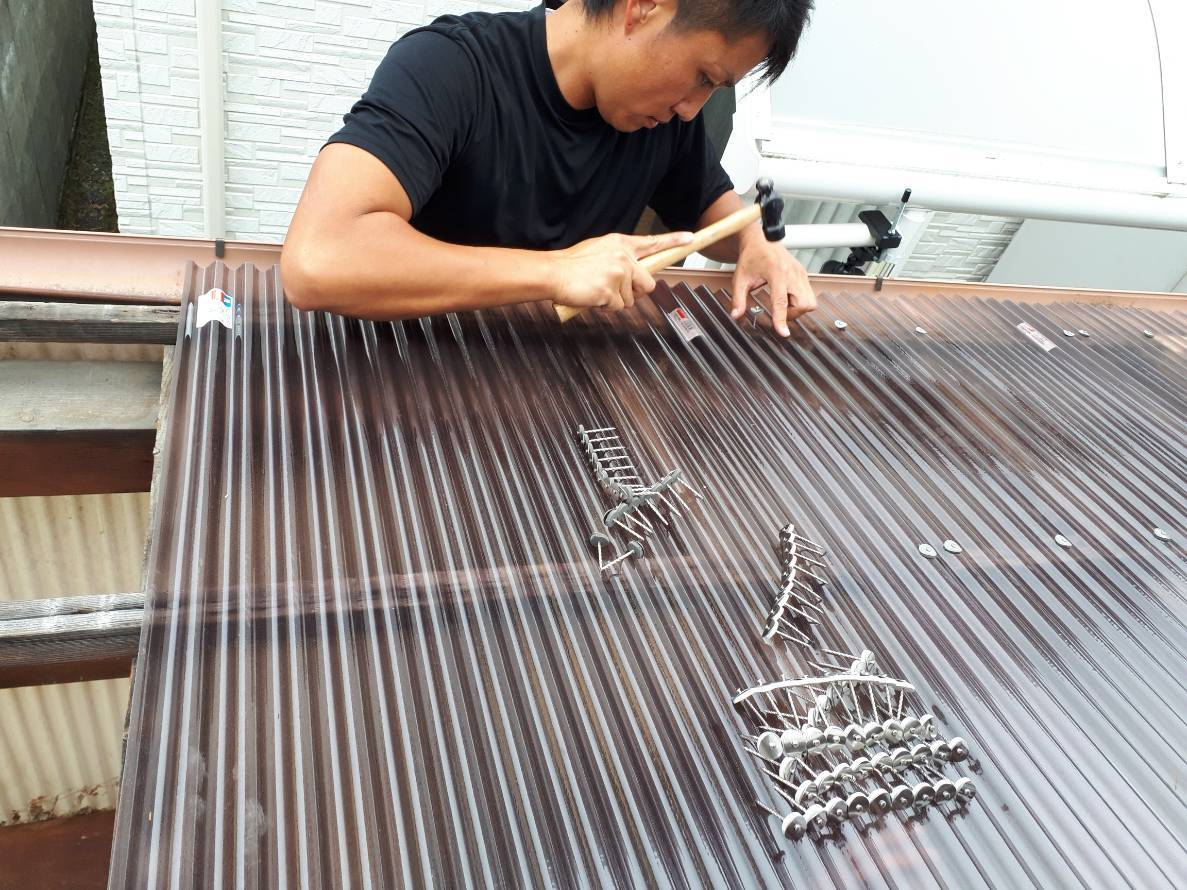 屋根波板修理