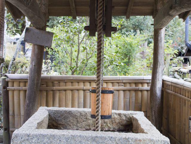 井戸と 釣瓶