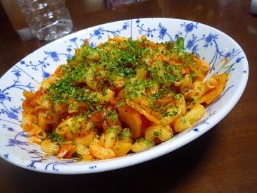 さつま芋とマカロニトマト炒め