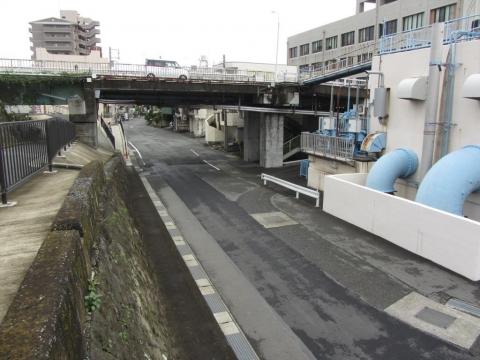 旧東海道 浪人川付近