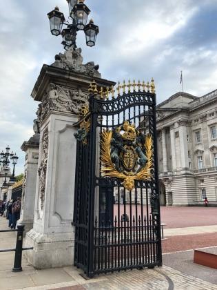 Buckingham-palace04.jpg